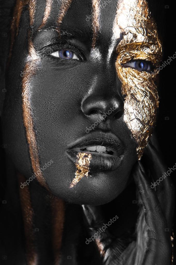 Темнокожие девочки салон москва фото 742-719