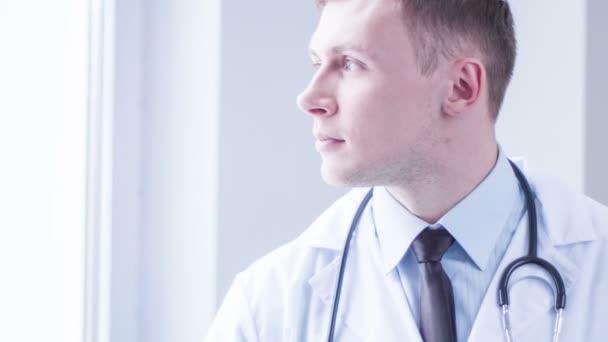 Pozitivní doktor sexpressing radost