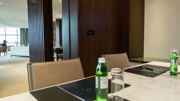Örülök, hogy találkoztunk szoba a hotel belső
