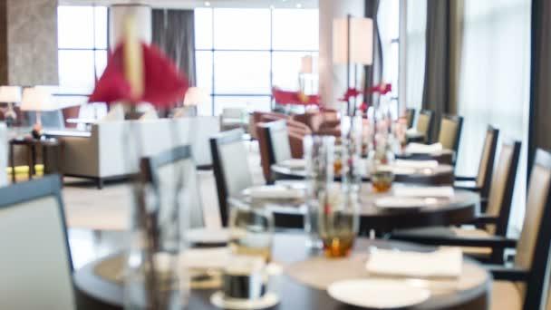 Interiér restaurace v hotelu