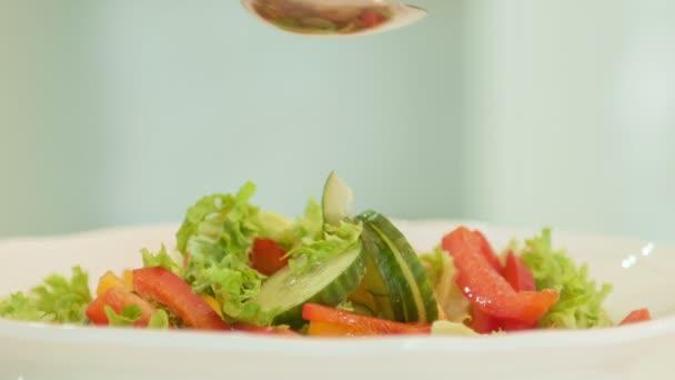 vynikající zeleninový salát