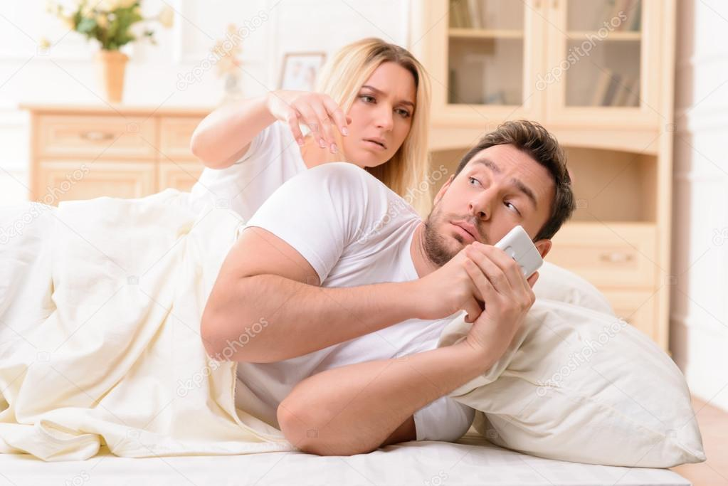 Муж и жена в потели видео