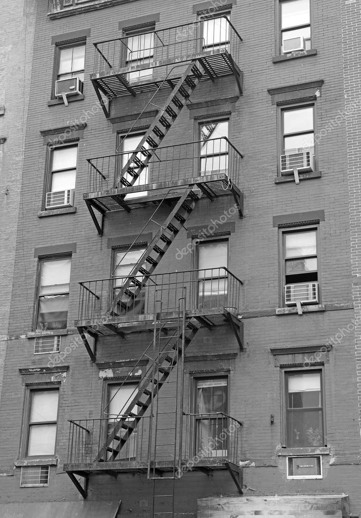 Fire Escape Stairway On Brick Building Exterior U2014 Stock Photo