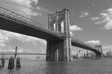 American Landmark, Brooklyn Bridge over the East River, New York City