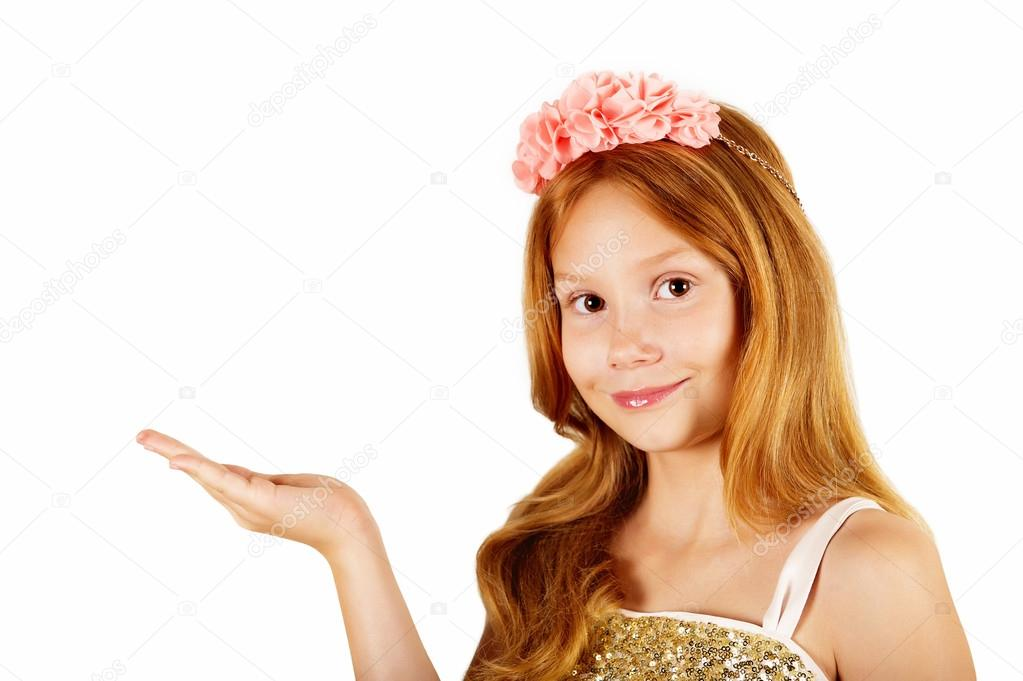 Violetta little girl red hair for young