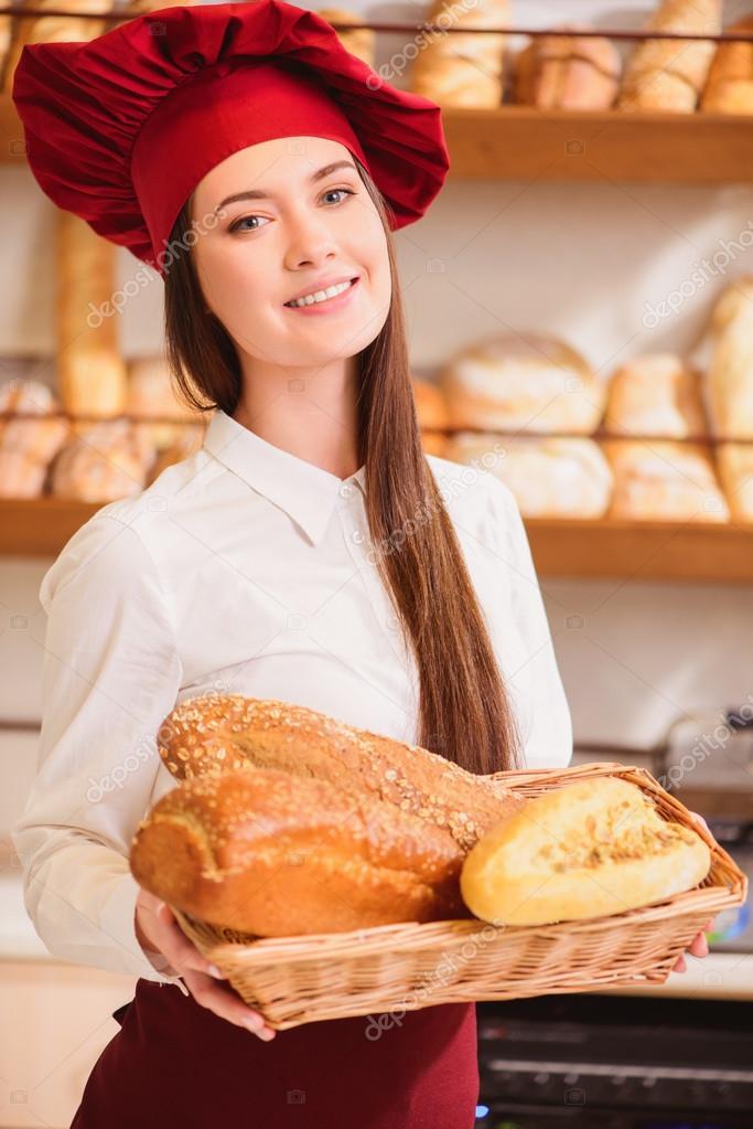 Пекарь порет любвеобильных девок