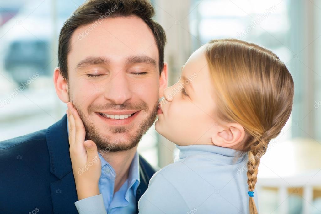 Dating en flicka pappa frågor