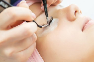 Eyelash Extension Procedure.