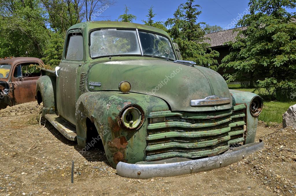Old Chevy pickup without wheels – Stock Editorial Photo © fiskness ...