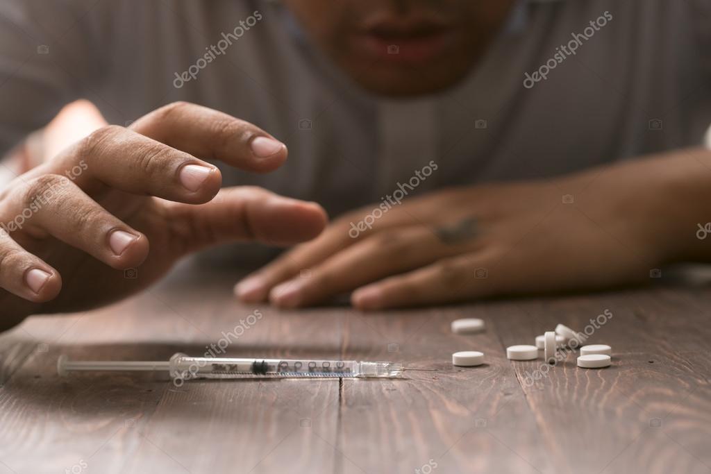Frauen suchen männer anal drogen