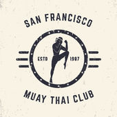 Photo Muay thai club vintage emblem, logo, sign design, vector illustration