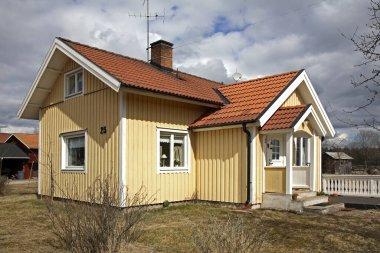Nusnas 'ta bir bina. Dalarna ilçesi. İsveç