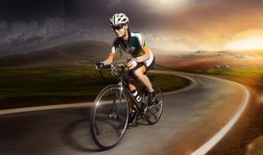 Bike cyclist riding Mountain