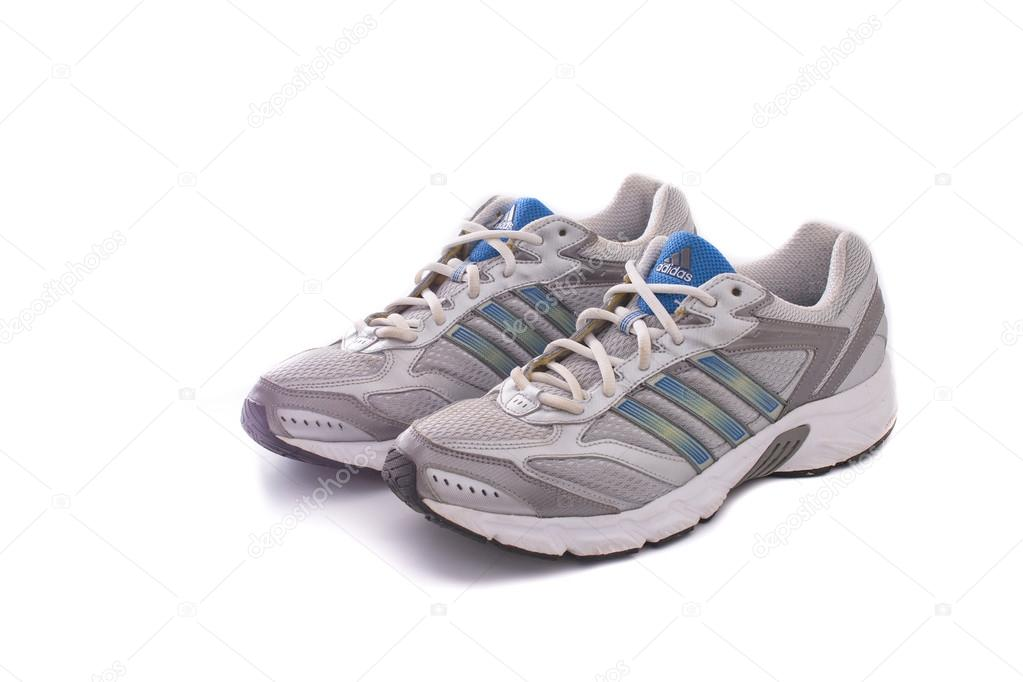 Adidas scarpe da corsa - scarpe da ginnastica — Foto Stock