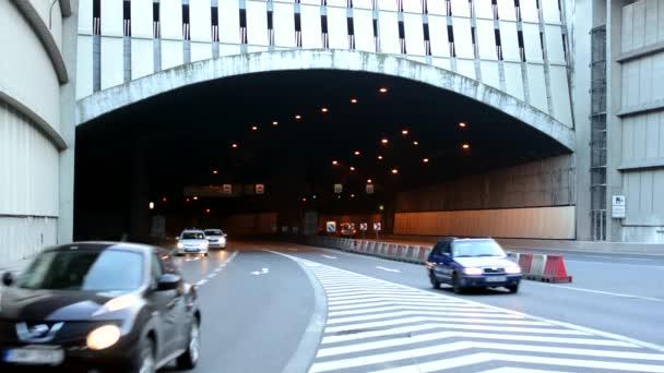 tunel s auty