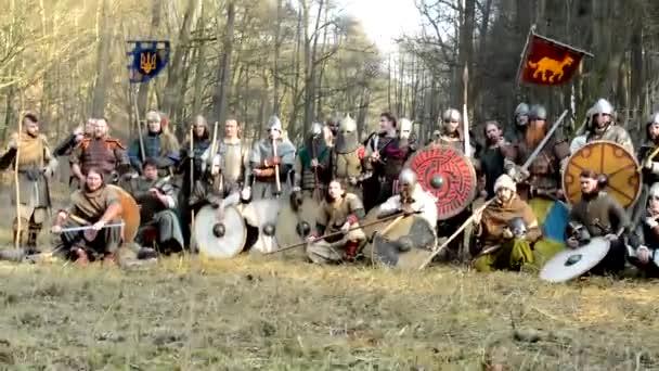 Středověká bitva - války - skupina vojáků pozice