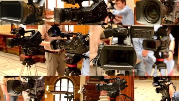 Prag, Tschechische Republik: April 2014: 4k Montage (Kompilation) - Fernsehkameras - Kameramann im Hintergrund (Studio) - historisches Interieur im Hintergrund