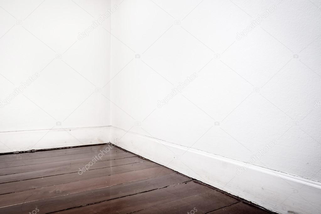 빈 흰색 벽과 어두운 갈색 나무 마루 바닥 — 스톡 사진 © weedezign ...