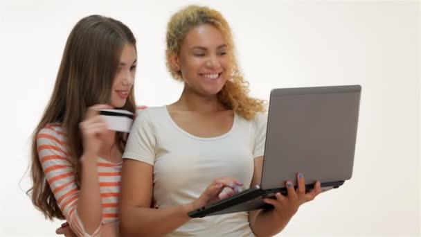 Lányok shopaholics online vásárlás