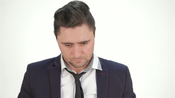 portrét nešťastný mladík