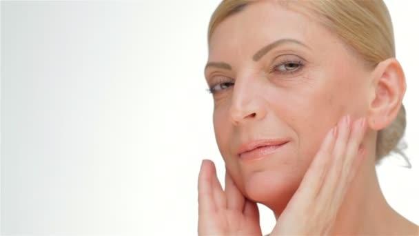 Face-lift žen středního věku