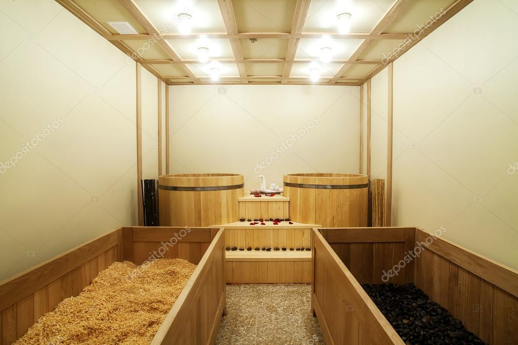 Vasca Da Bagno Stile Giapponese : Vasca da bagno giapponese ofuro u foto stock traza