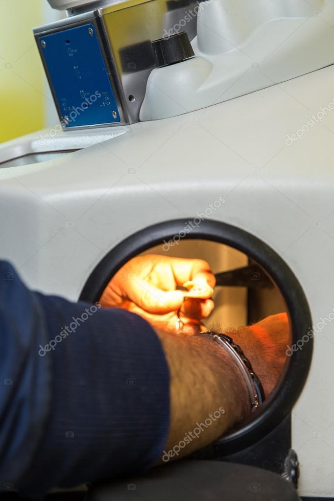Лазерная сварка для зубных техников фото