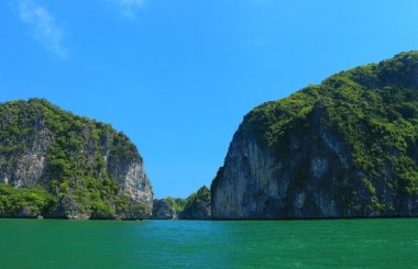 cat ba islands and rock formations