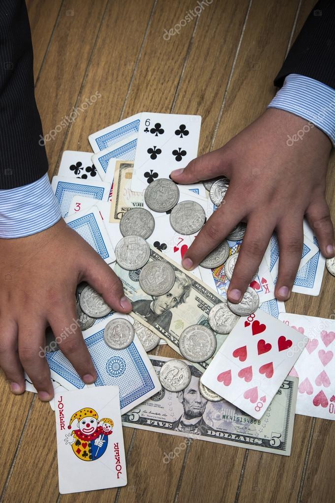 рука деньги игра