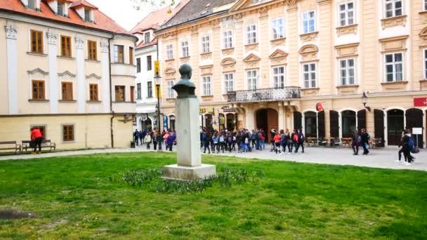 Bratislava, Slovensko, turisté na Rudném náměstí