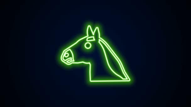 Ragyogó neon vonal Lófej ikon elszigetelt fekete háttérrel. Állati szimbólum. 4K Videó mozgás grafikus animáció