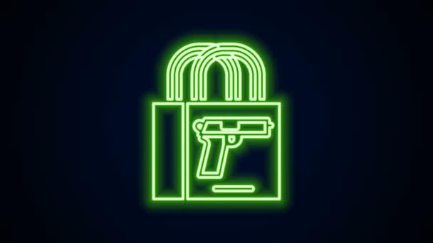 Ragyogó neon vonal Vásárlás pisztoly ikon elszigetelt fekete háttérrel. Fegyvert veszek. 4K Videó mozgás grafikus animáció