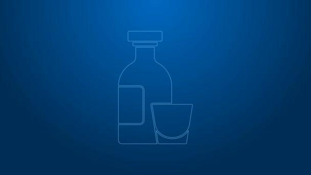 Fehér vonal Alkohol ital Rum palack és üveg ikon elszigetelt kék alapon. 4K Videó mozgás grafikus animáció