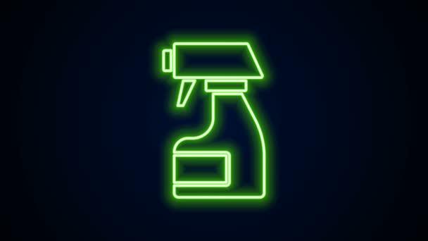 Žhnoucí neonová čára Čisticí stříkací láhev s ikonou čisticí kapaliny izolovanou na černém pozadí. Odstraňovač skvrn. Grafická animace pohybu videa 4K