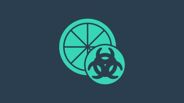 Tyrkysová Geneticky modifikovaná ikona citrusových plodů izolovaná na modrém pozadí. Pomeranč v ráně. Zdravý životní styl. Ovoce z GMO. Grafická animace pohybu videa 4K