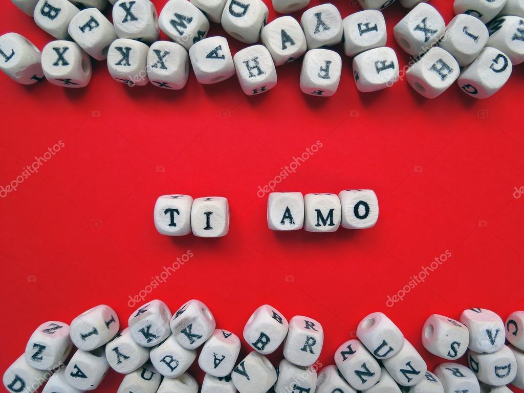 Ti Amo Significa I Love You In Italiano Sopra La Priorità Bassa