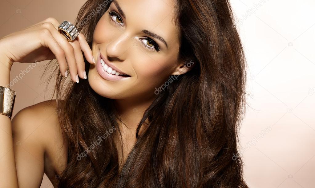 Foto van mooie vrouw — Stockfoto © 2mmedia #63889413