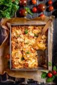Fotografia Vista superiore di una tradizionale italiana lasagna