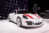Ženeva, Švýcarsko - březen 1, 2016:2016 Porsche 911 R představila na 86 Geneva Motor Show v výstaviště Palexpo