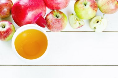 apples, honey and pomegranates, traditional food for the Jewish