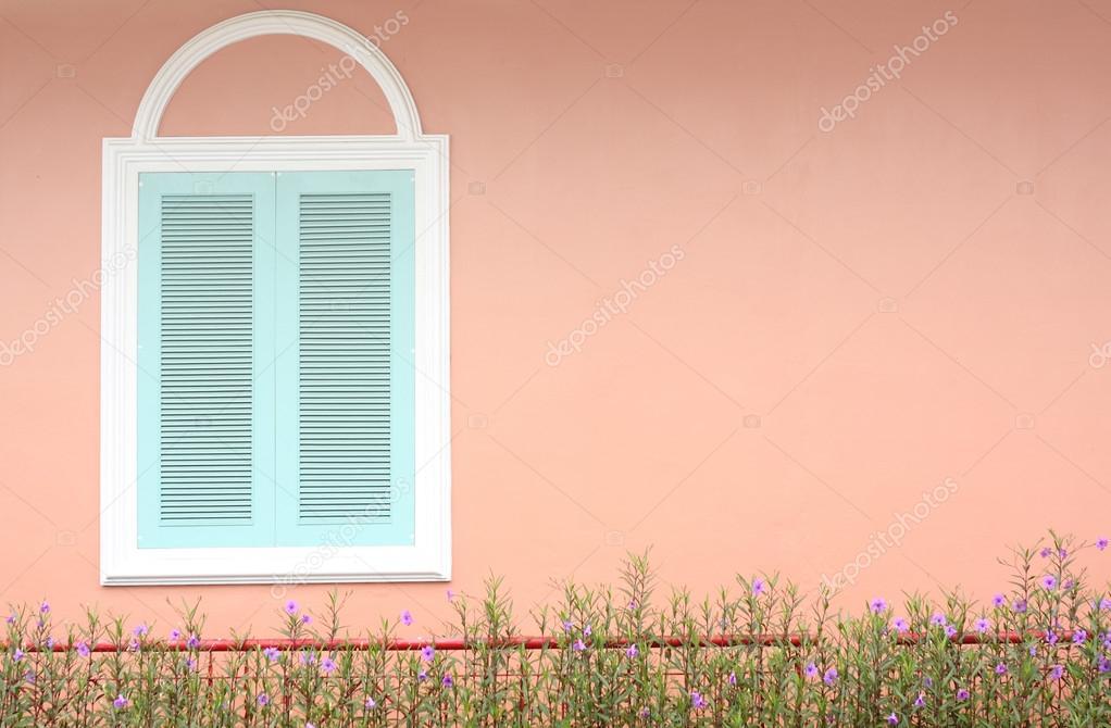 Pastell Blau Fenster Mit Weißen Rahmen An Rosa Wand U2014 Stockfoto