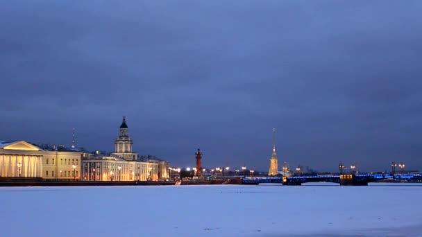 Saint - Petersburg noc, mosty