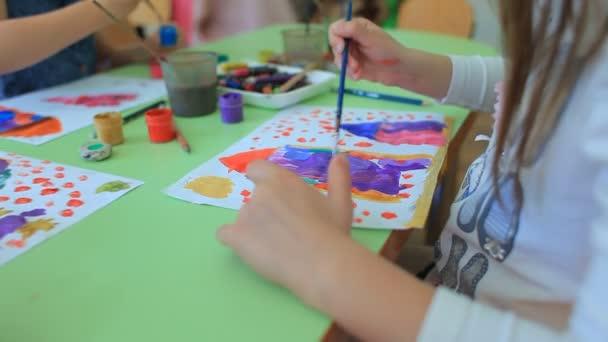 Gyerekek festmény ceruza