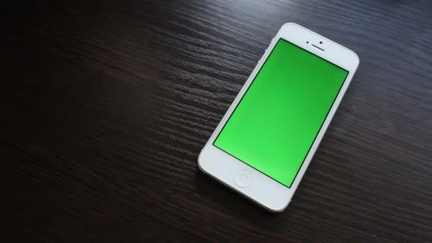 Smartphone s zelená obrazovka
