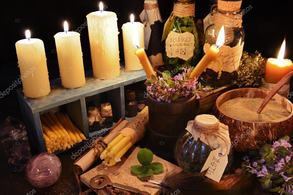 Расчёт Арканов судьбы по методу А.Л. Бажина  Depositphotos_74270513-stock-photo-witch-table-with-burning-candles