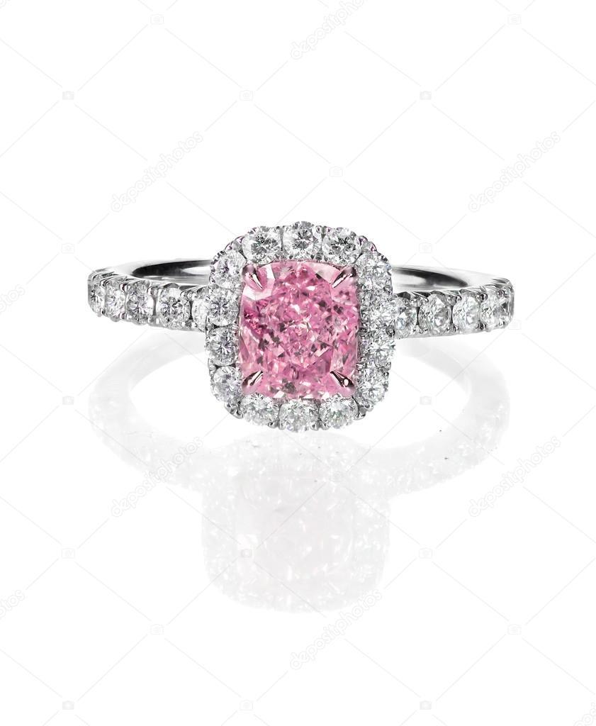 Ruzovy Diamant Halo Zasnubni Snubni Prsten Izolovane Na Bilem
