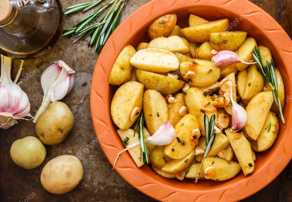 aardappels rauw bakken