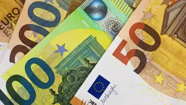 Eurobankovky zastavené v pohybu