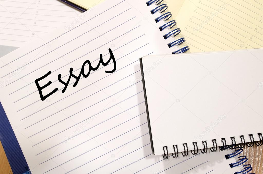 essay schrijven Essay schrijven op laptop — Stockfoto © Petenceto #116843510