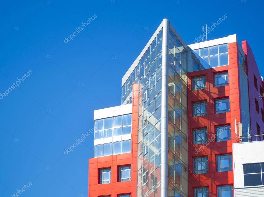 Gevel van een modern gebouw in de stijl hi tech u stockfoto
